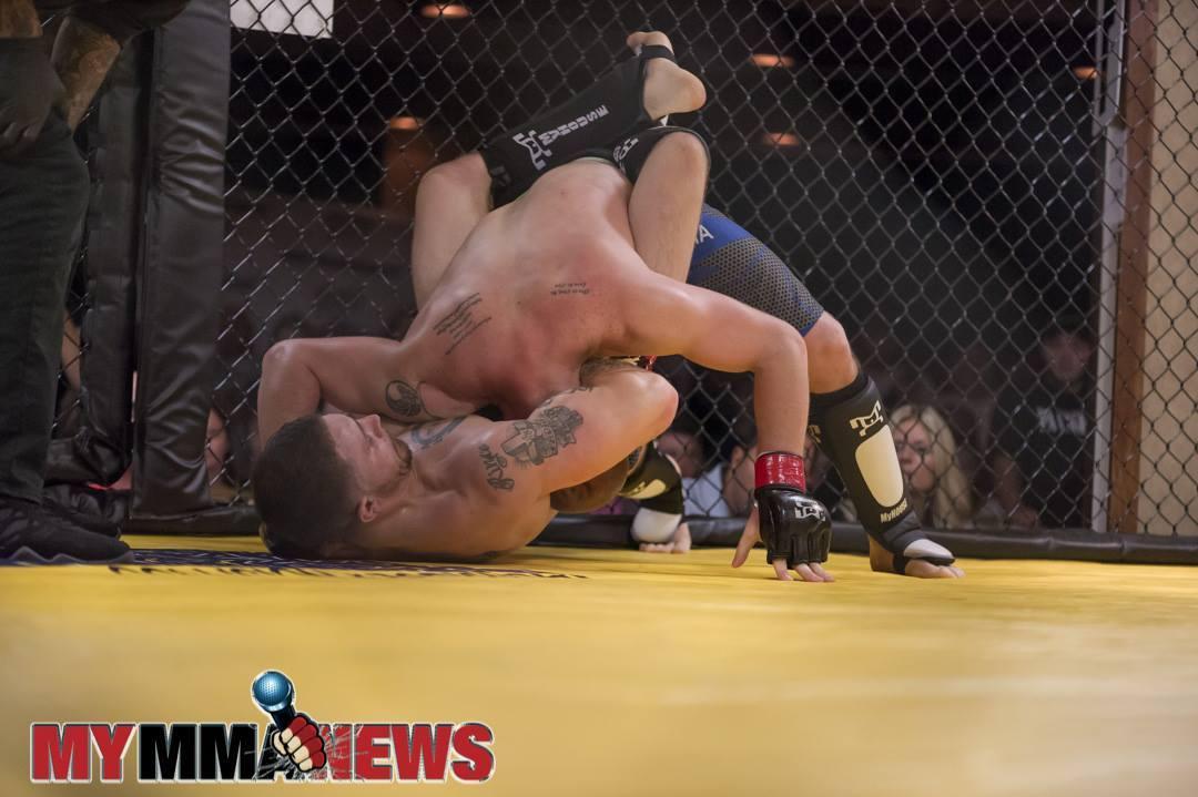 Ryan Rizco Wins via guillotine at PA Cage Fight